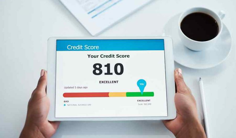 How to Maintain Your Credit Score During the Pandemic