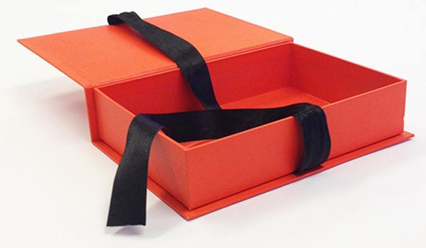Why Rigid Boxes Are Essential Packaging Boxes for Companies