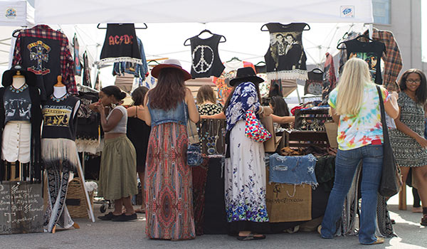 How to Become a Vendor in Flea Markets